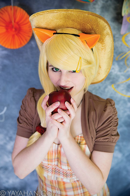 Apple Blond Wig - Designed By Yaya Han